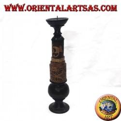 Portacandela cilindrico con incisioni floreali in legno di mogano (alto)