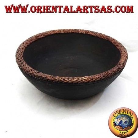 Concave bowl in mahogany wood with border in woven wicker (medium)