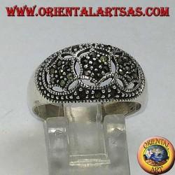 Круглое серебряное кольцо с тремя шестиконечными звездами в марказите