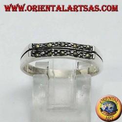 Серебряное кольцо, волнистый прямоугольник из марказита