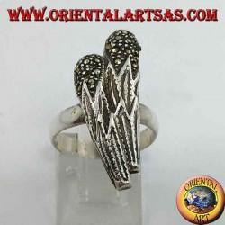 Серебряное кольцо в форме двух булав с марказитом