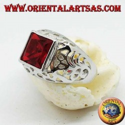 Silver ring with garnet-colored square zircon perforated on the sides
