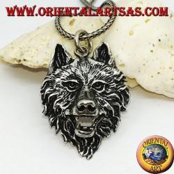 Colgante grande con cabeza de lobo plateado