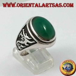 Silver ring with oval green agate and dragon in high relief on the sides