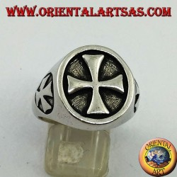 Smooth silver ring with Templar cross seal and cross on the sides