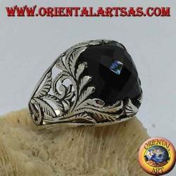 خاتم من الفضة مع أونيكس مستطيل الشكل وزخارف نباتية مخرمة