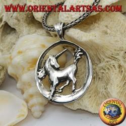 Colgante de plata unicornio en circulo