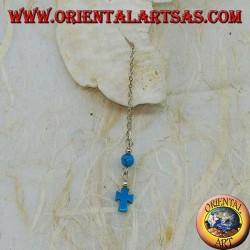 Pendientes de cadena de plata con cruz y bola turquesa de 8 cm.