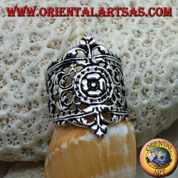 Silver ring with openwork floral decorations in Liberty style