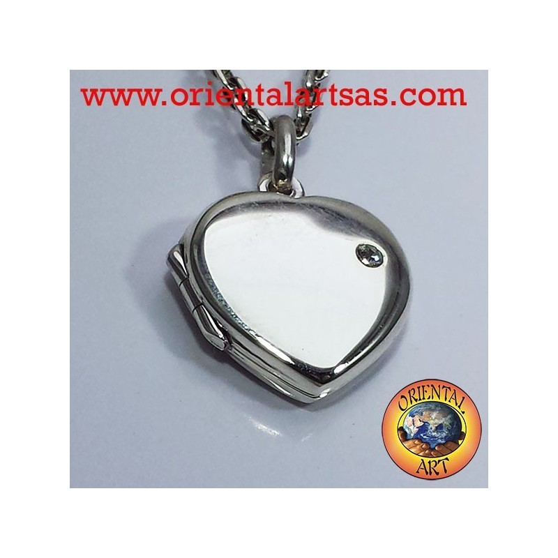 Photo frame with heart pendant in silver zircon
