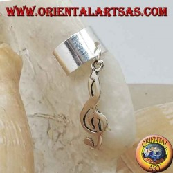 Smooth ear cuff in silver with hanging treble clef