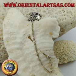 Boucle d'oreille en argent avec chaîne, losange en haut-relief