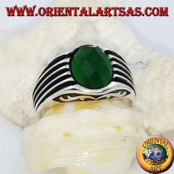 Silver ring with faceted oval green zircon and high relief stripes
