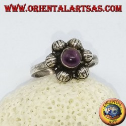6-petal silver flower ring with a cabochon round amethyst