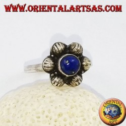 Silver 6-petal flower ring with round cabochon lapis lazuli