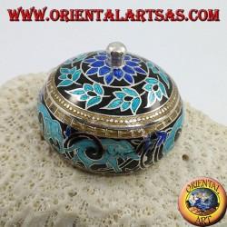 Scatolina in argento con pomello cesellata e smaltata a fuoco con elefanti e decorazioni floreali (azzurra)