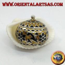 Scatolina in argento con pomello cesellata e smaltata a fuoco con decori floreali (nera e dorata)