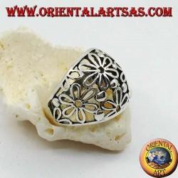 Серебряное кольцо с округлой ажурной тесьмой с подсолнухами