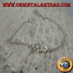 Bracelet chaîne en argent doux avec main de fatima avec fleur sur la paume au centre