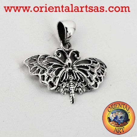Monarch butterfly pendant in silver