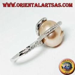Silberring mit rosa eiförmiger Perle, eingewickelt in eine Schlange
