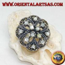 Anello in argento a doppia croce alternate traforato con madreperle tonde incastonate e marcassite