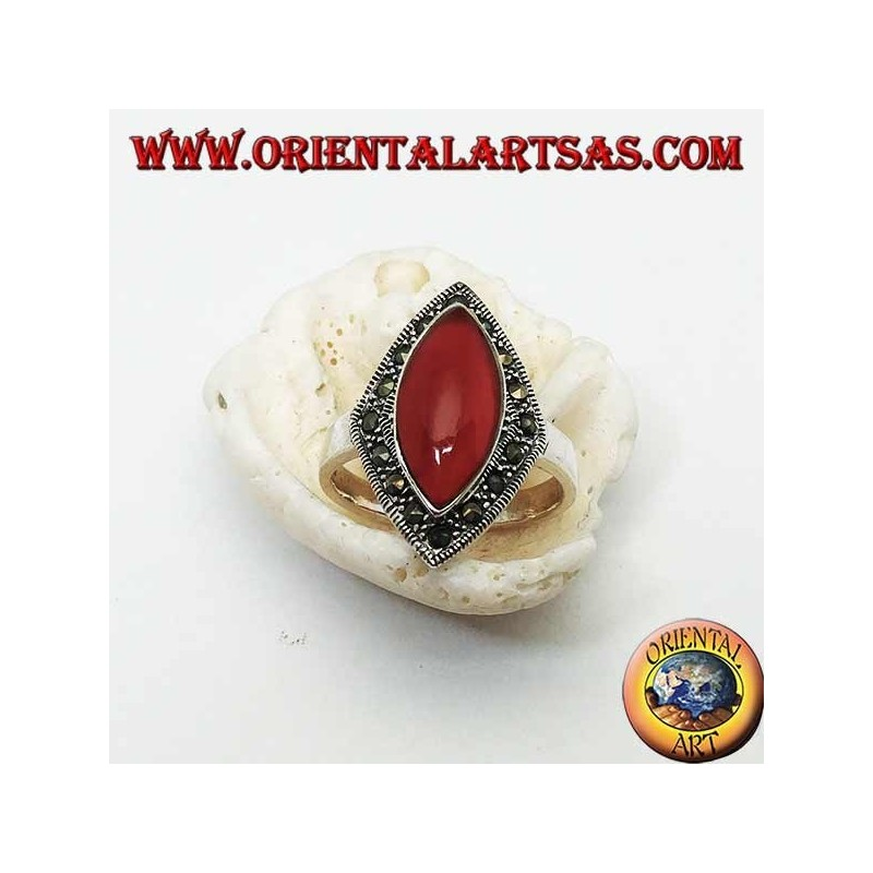 Rhomboidal silver ring with shuttle carnelian surrounded by a row of marcasite