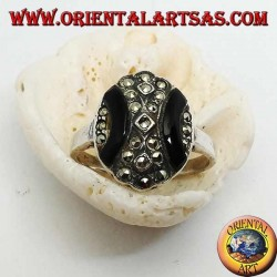 Oval silver ring with curved bands of onyx and marcasite