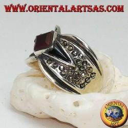 Anello in argento a fascione con corniola romboidale su onice a navetta e marcassite intorno