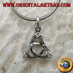 Silver pendant, tyrone knot with engravings