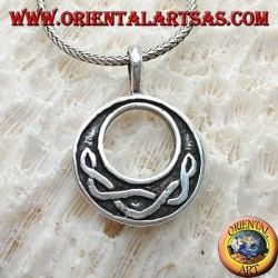 Silver pendant, disc with Celtic knot typical in low relief