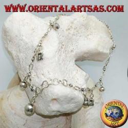 Cavigliera in argento con farfalle e campanellini pendenti alternati