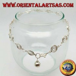 Cavigliera in argento con maglia di spirali grandi e un campanellino