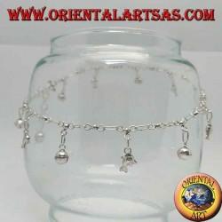 Серебряный браслет с дельфинами и чередующимся подвесным колокольчиком