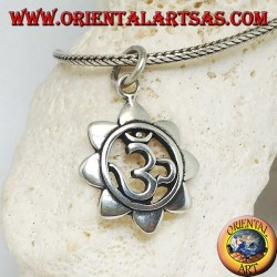 Silver pendant with Hindu mantra ॐ om in the lotus flower