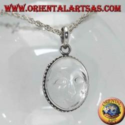 Silberanhänger mit aus Bergkristall ausgehöhlter Sonne und mit Punkten verziertem Rand