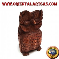 Sculpture of the wise sitting owl made of 16 cm suar wood