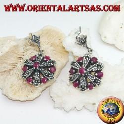 Orecchini in argento a margherita con 6 +1 rubini naturali tondi e marcassite