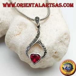 Серебряный кулон с гранатовым сердечком в капле из марказита