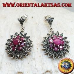 Серебряные серьги в виде цветка Даля с круглыми рубинами и марказитами