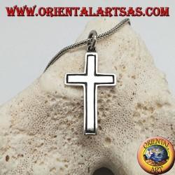 Colgante de cruz cristiana de plata con línea lateral