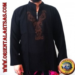 Long-sleeved kaftan sweater with embroidery and V-neck with Korean collar (M)