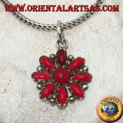 Ciondolo in argento a fiore ottagonale di coralli ovali e uno tondo al centro