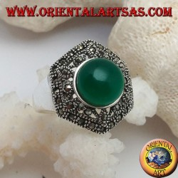 Silver ring with round green cabochon agate on a perforated decorated marcasite hexagon