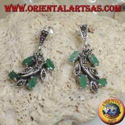 Серебряные серьги с листьями марказита и натуральными челночными изумрудами