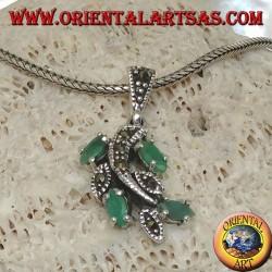 Ciondolo in argento a ramo con foglie tempestato di marcasite e con smeraldi a navetta naturali incastonati