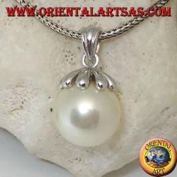 Ciondolo in argento con perla d'acqua dolce gigante e cappuccio a foglia