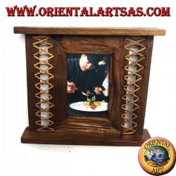 Cornice portafoto in legno di teak antico con corteccia intrecciata sui lati da 28x24 cm