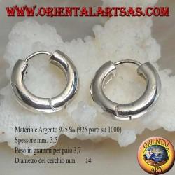 Simple hoop silver earring and 3.5 x 14 mm snap closure