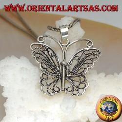 Ciondolo in argento a forma di farfalla con ali a decorazione traforata e antenne